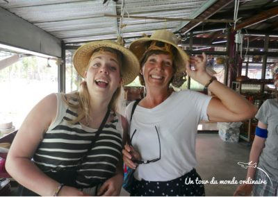 bangkok-ferme-coconuts-chapeaux