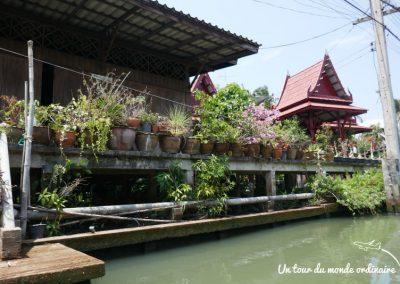 bangkok-marches-flottants-village-rives