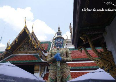 bangkok-palais-royal-gardiens