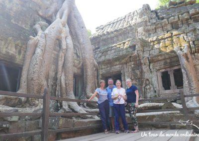 angkor-ta-prohm-famille