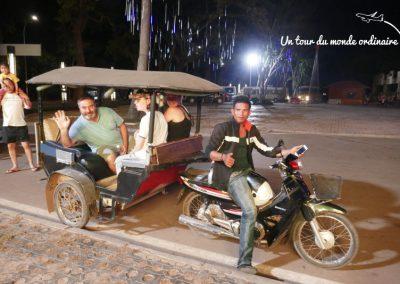 angkor-tuctuc-night-market