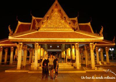 bangkok-wat-pho-night