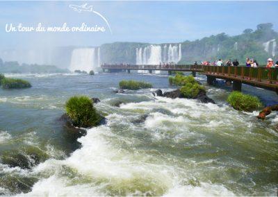 Iguacu-Bresil-chutes-passerelle