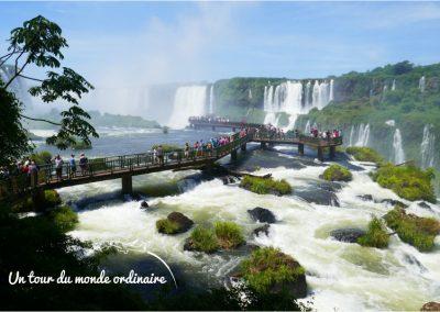 Iguacu-Bresil-chutes-passerelle-touristes